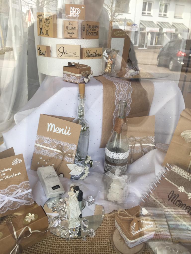 Gaby`s Bastel- und Geschenktruhe – Musterkarten für besondere Feste