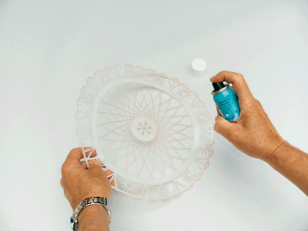 Marabu Spray Textil Bettwäsche Leintuch – Step 1