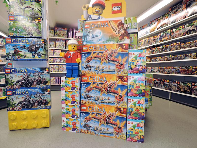 Hobby & Co Blick in die Spielzeugabteilung
