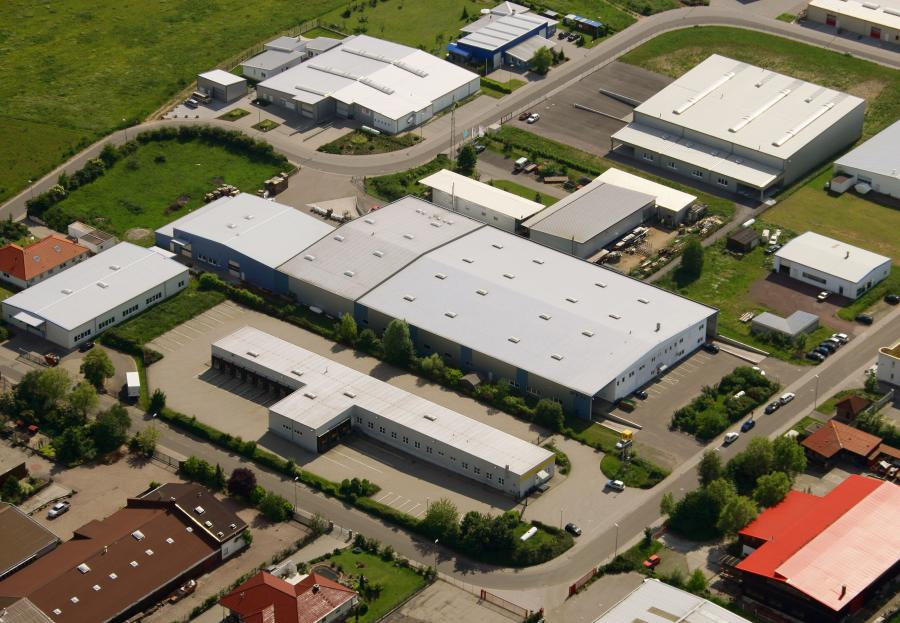 Firma efco mit dem Blick vo oben auf das Gebäude des Unternehmens.