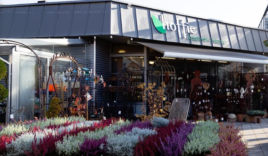 Hoffie GmbH mit Blick auf den Eingang von außen.