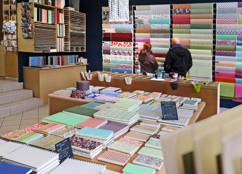 Blaupause aus Leipzig zeigt das Angebot an Notizbüchern und Skizzenbüchern.