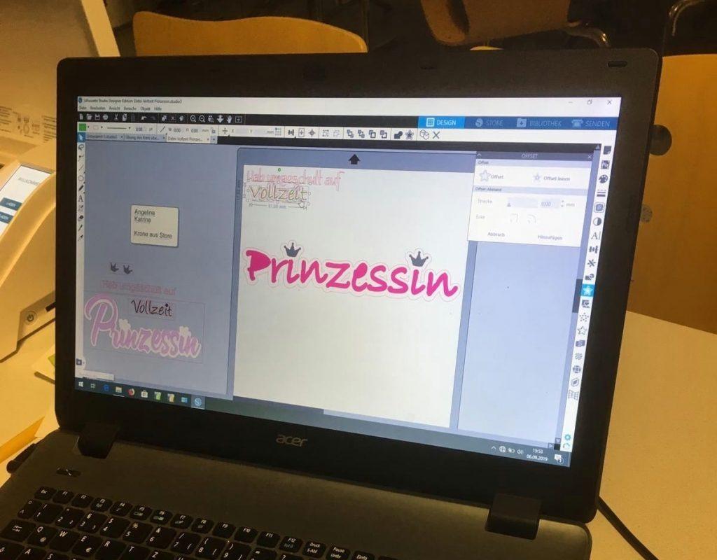 Das Bild zeigt die Datei auf dem Laptop vor dem Plotten