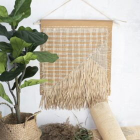 Wanddeko in Naturtönen