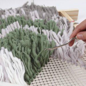 Wandbehänge werden geknüpft