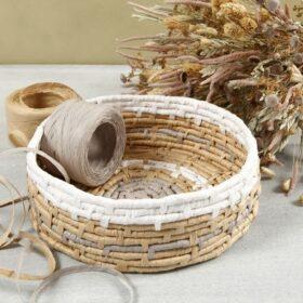Korb aus Maiskordel und Papierbast